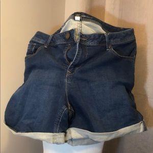 Lane Bryant short shorts